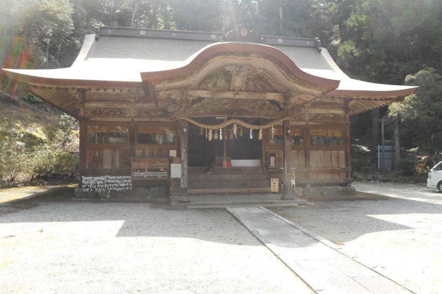 DSCN3650 900x600 - 2016年11月 剣山を訪ね、女神の遊雅さを楽しむ女神ツアー