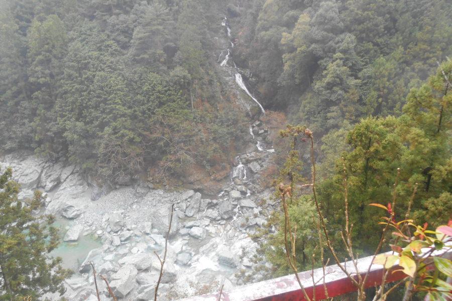 DSCN1211 900x600 - 2016年11月 剣山を訪ね、女神の遊雅さを楽しむ女神ツアー