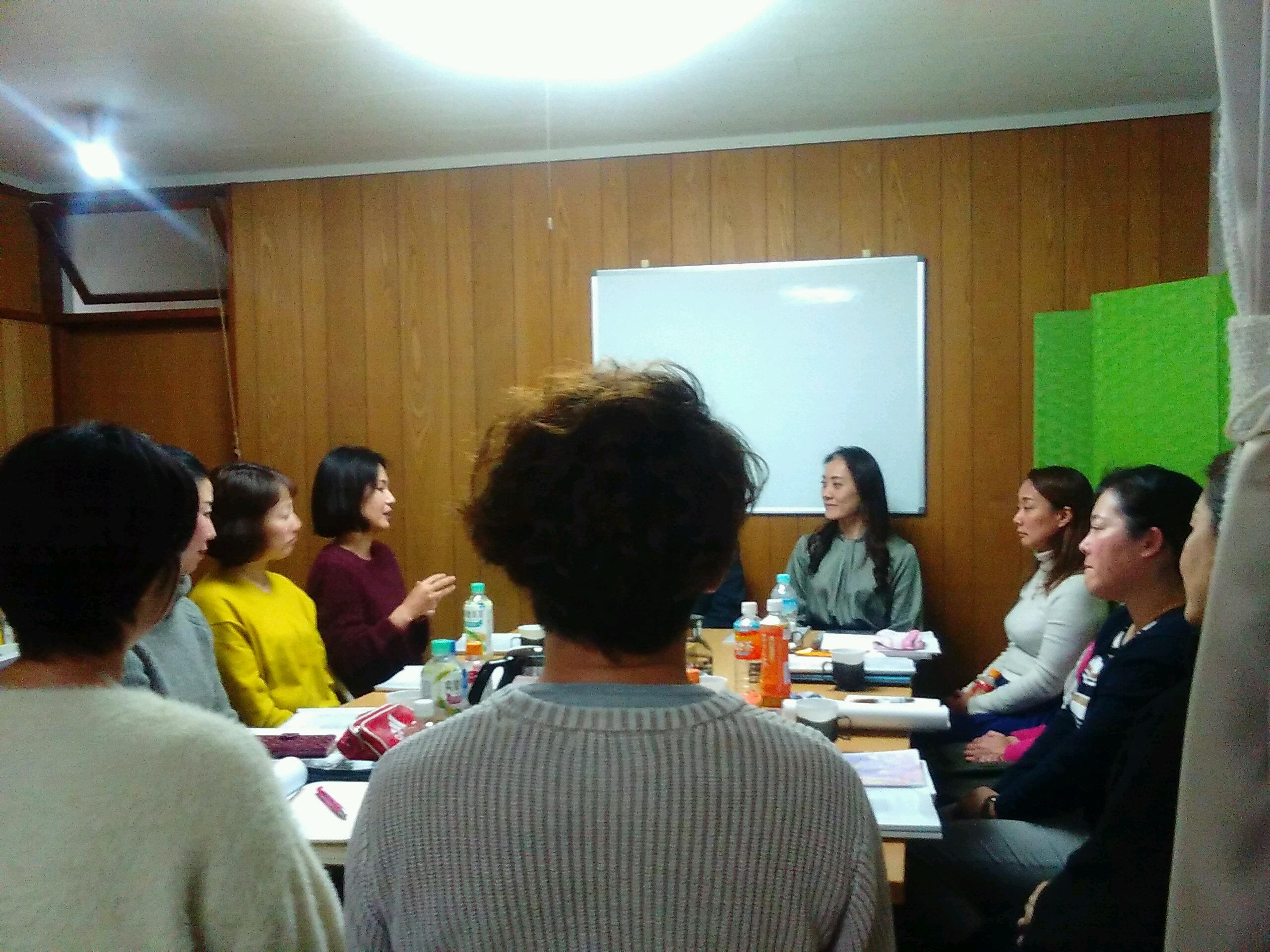 20191214185649 - 12月14日、胎内記憶教育協会講師養成講座5期生の第5、6講座開催